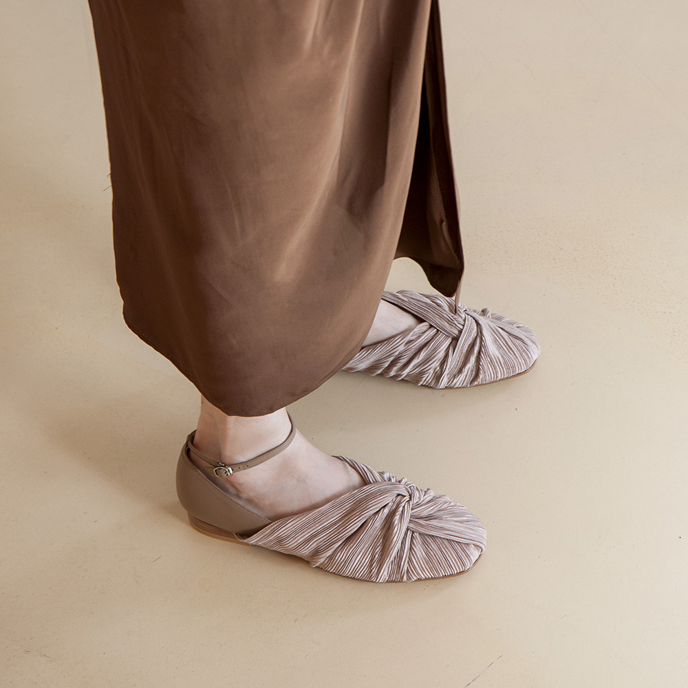 Twist pointed flat shoes_Beige